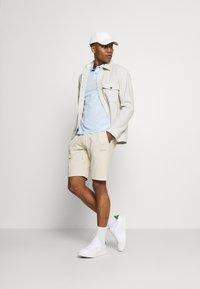 Calvin Klein - SMALL LOGO - Short - beige - 1