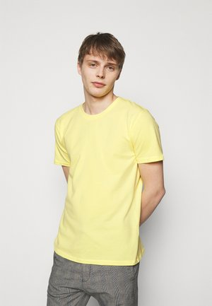 SAMUEL - Basic T-shirt - yellow