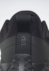 Reebok - CRUISER GORE-TEX - Sneakers - black - 2
