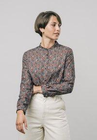 Brava Fabrics - Button-down blouse - red - 0