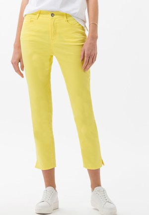 STYLE CARO  - Slim fit jeans - yellow