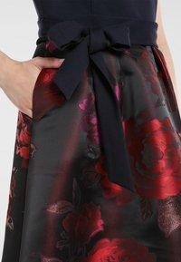 Apart - Robe de soirée - bordeaux-multicolor - 4
