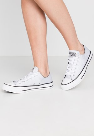 CHUCK TAYLOR ALL STAR - Matalavartiset tennarit - silver/black/white