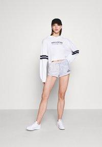 Hollister Co. - LOGO - Shorts - wash effect - 1