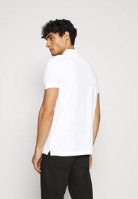 Pier One - 2 PACK - Poloshirts - white/black - 3