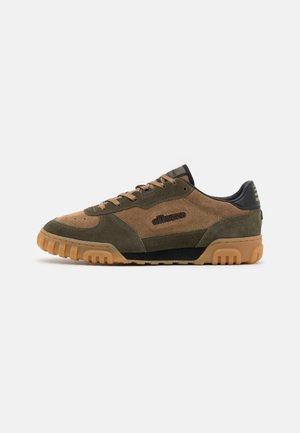 TANKER  - Sneakers laag - brown/black