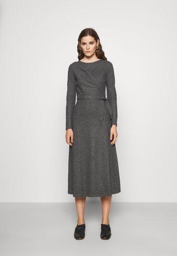 FURIO - Denní šaty - medium gray