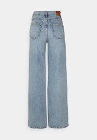 ONLY Tall - ONLHOPE LIFE WIDE - Flared jeans - light blue denim - 1