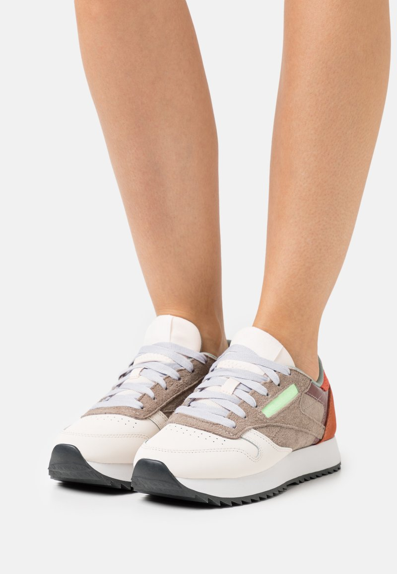 Reebok Classic - CLASSIC RIPPLE - Baskets basses - ceramic pink/boulder grey/twisted coral