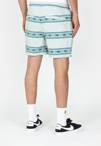 Roark - Shorts - light blue - 1