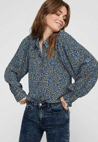 ONLY - Button-down blouse - cloud dancer - 3