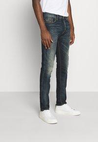 Diesel - TEPPHAR X - Slim fit jeans - 009js 01 - 0