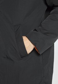 Weekday - MARTY REVERSIBLE JACKET - Short coat - black - 6