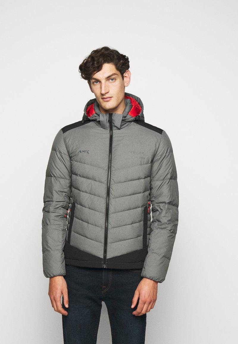 Hackett Aston Martin Racing - Gewatteerde jas - shade grey
