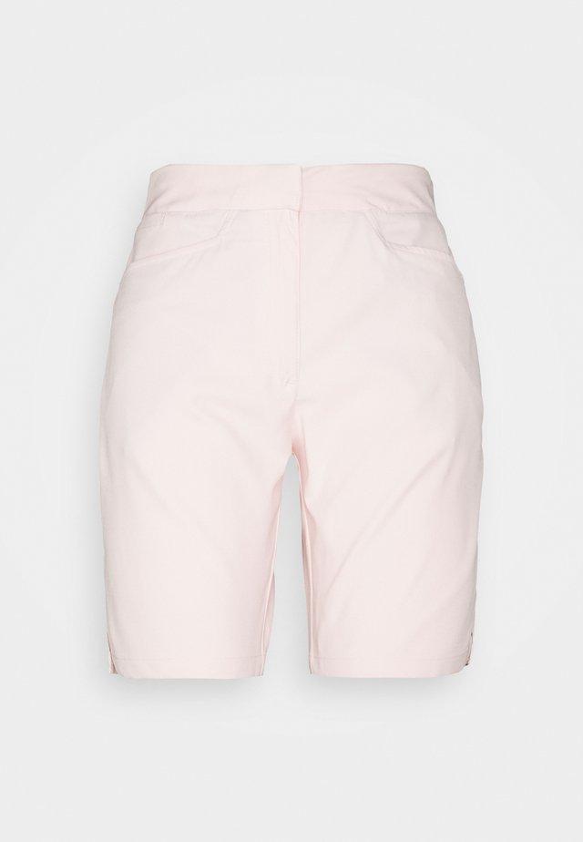 POUNCE BERMUDA - Korte broeken - cloud pink
