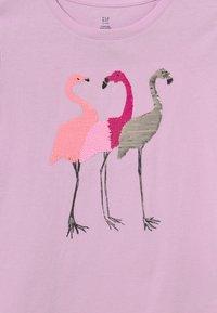 GAP - GIRLS INTERACTIVE - Print T-shirt - light iris - 2