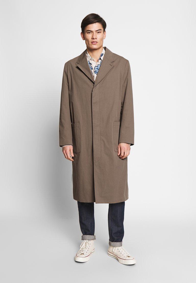 Hope - HIGH COAT - Klasický kabát - brown