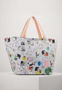 Codello - CODELLO X PEANUTS - Shopping Bag - grey - 2