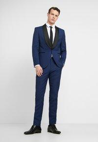 Jack & Jones PREMIUM - JPRSOLARIS SINATRA TUX SUIT SUPER SLIM FIT - Kostym - medieval blue - 0