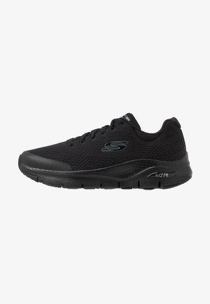 ARCH FIT - Sneakersy niskie - black