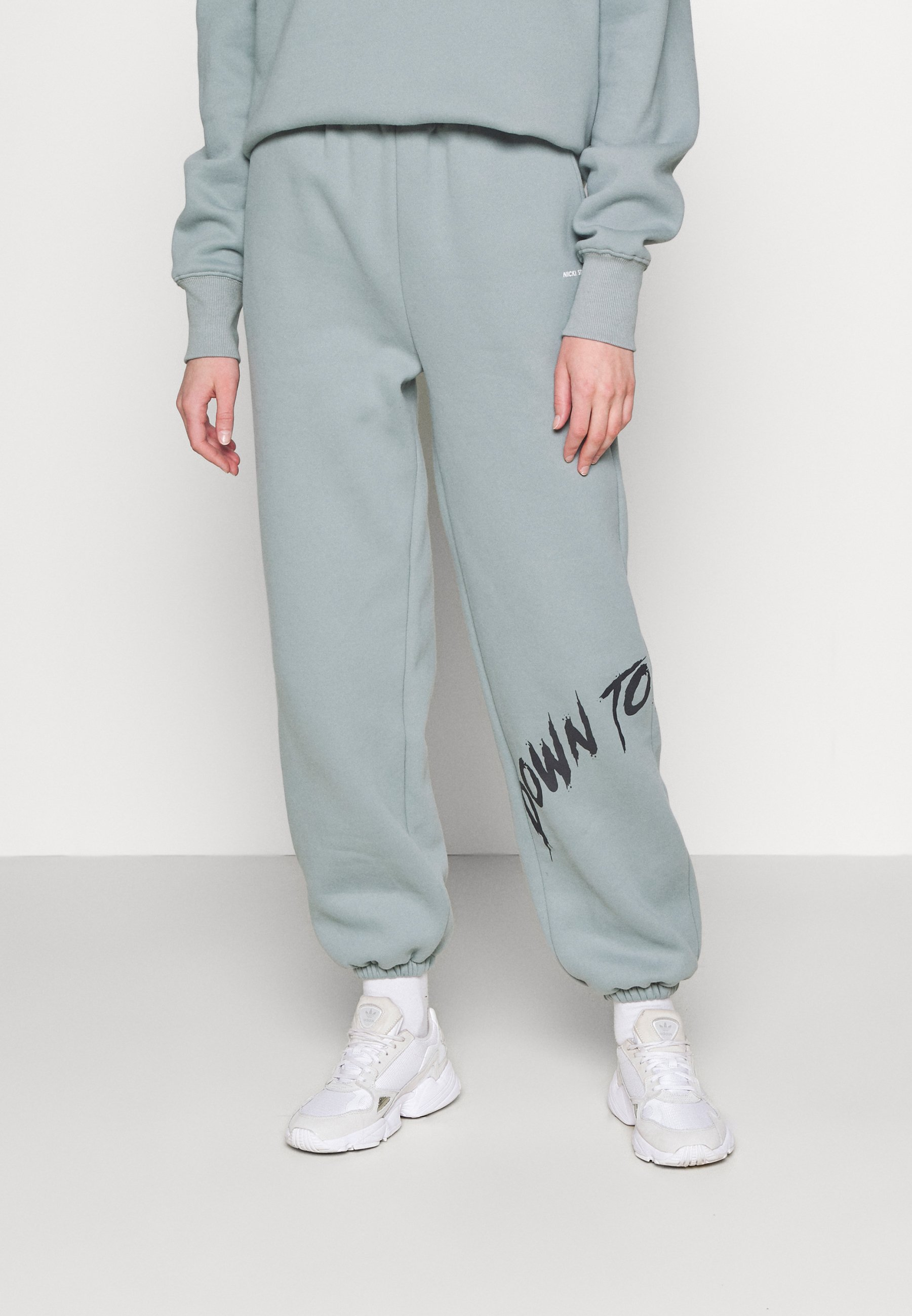 Women YOUTHCOLLAGEPANTS - Tracksuit bottoms