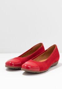 Gabor - Ballet pumps - cherry - 4