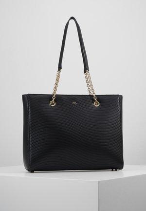 SWING TOTE CHAIN - Shopping bag - onyx