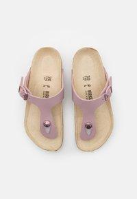 Birkenstock - GIZEH KIDS - Sandalias de dedo - lavender blush - 3