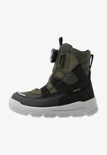 MARS - Winter boots - schwarz/grün