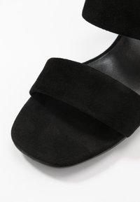 Vagabond - ELENA - Heeled mules - black - 2