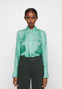 Victoria Victoria Beckham - BUTTON DETAIL - Blouse - spearmint green - 0