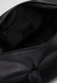 KIOMI - Weekendbag - black - 4