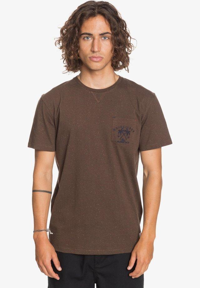 ENTRE PIN ET MER - Print T-shirt - demitasse
