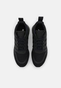 adidas Originals - MULTIX UNISEX - Trainers - core black - 3