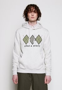 Lyle & Scott - APPLIQUE HOODIE RELAXED FIT - Mikina skapucí - vanilla ice marl - 0