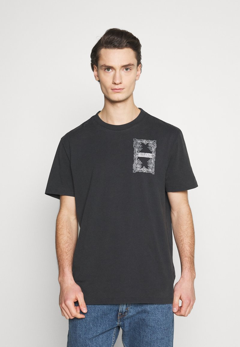 AllSaints - FILGREE CREW - Print T-shirt - jet black/optic white