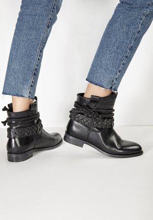 Classic ankle boots - black blk
