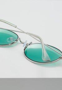 Jack & Jones - JACHYPER SUNGLASSES - Sunglasses - green bay - 3