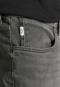 Marc O'Polo DENIM - POCKET REGULAR WAIST - Jeans Slim Fit - mid grey - 5