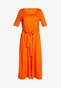 DRESS WITH CARREE NECK - Jersey dress - fiery orange