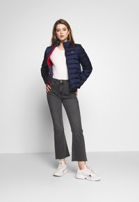 Tommy Jeans - QUILTED ZIP THRU - Light jacket - twilight navy - 1
