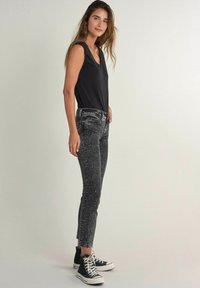 Salsa - Slim fit jeans - schwarz - 1