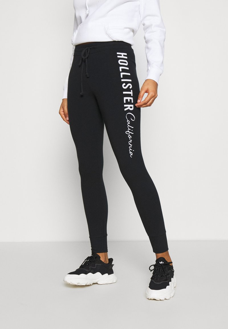 Hollister Co. - LOGO FLEGGINGS - Leggings - Trousers - black