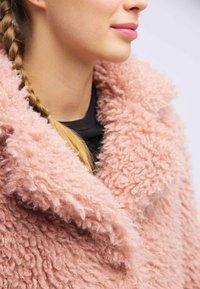 taddy - Winter coat - light pink - 3