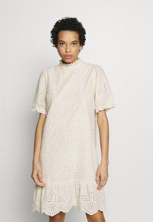 ALEKSASZ DRESS - Korte jurk - creme