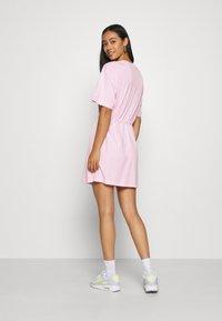Nike Sportswear - DRESS - Žerzejové šaty - pink foam - 2