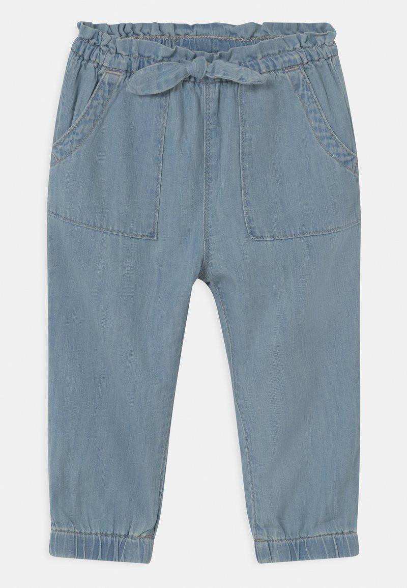GAP - TODDLER GIRL  - Relaxed fit jeans - light-blue denim