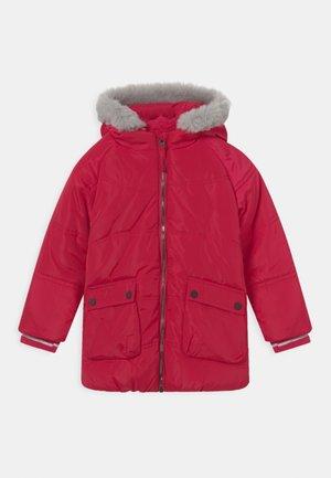 Winter coat - persian red