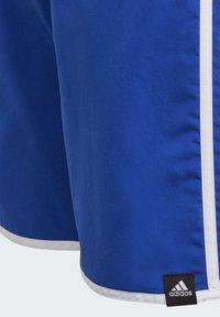 adidas Performance - 3 STRIPES PRIMEGREEN REGULAR SWIM SHORTS - Swimming shorts - blue - 4