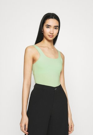 TANK - Top - pastel green